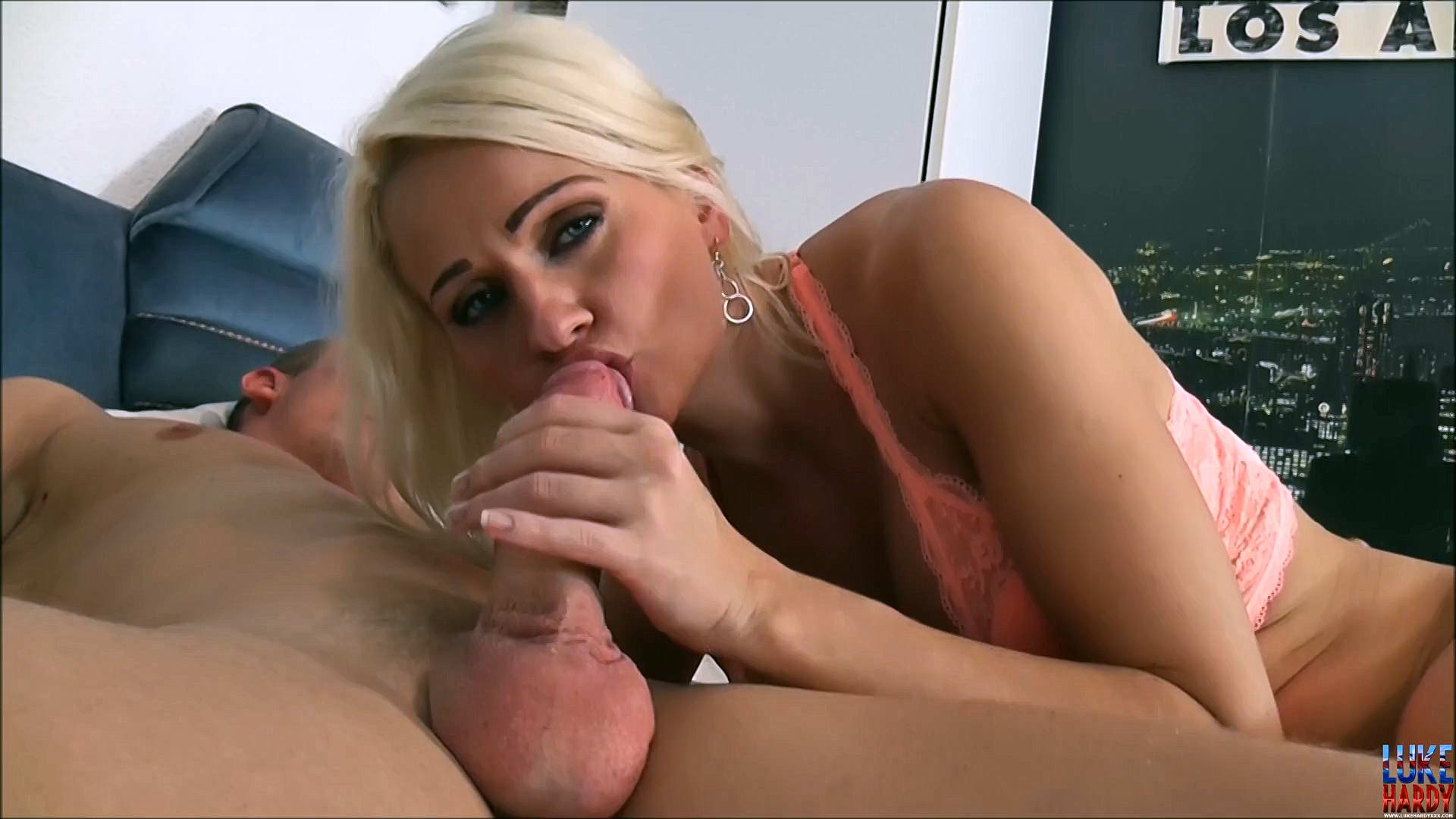 I take Cindy on me bed, gettin her wet n ready for a thorough poundin. She gets horny as sin after her tongue, mouth and hands gimme the once ovah. Cindy wants a pony ride so she gets on top and drains my dick of precum. Cindy