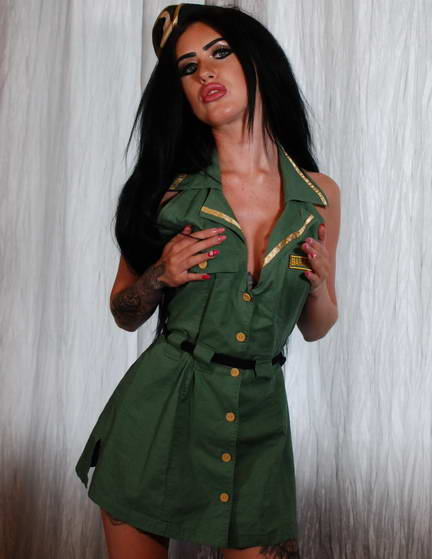 Sexy, dark-haired trim-bodied Emma sent in an application video to be a prestigious Command-ho. After Luke puts her through physical tests he throws her a camoflauge uni to put on. After some sexy pushups Emma lies on the bed diddling her shaved snatch. As she